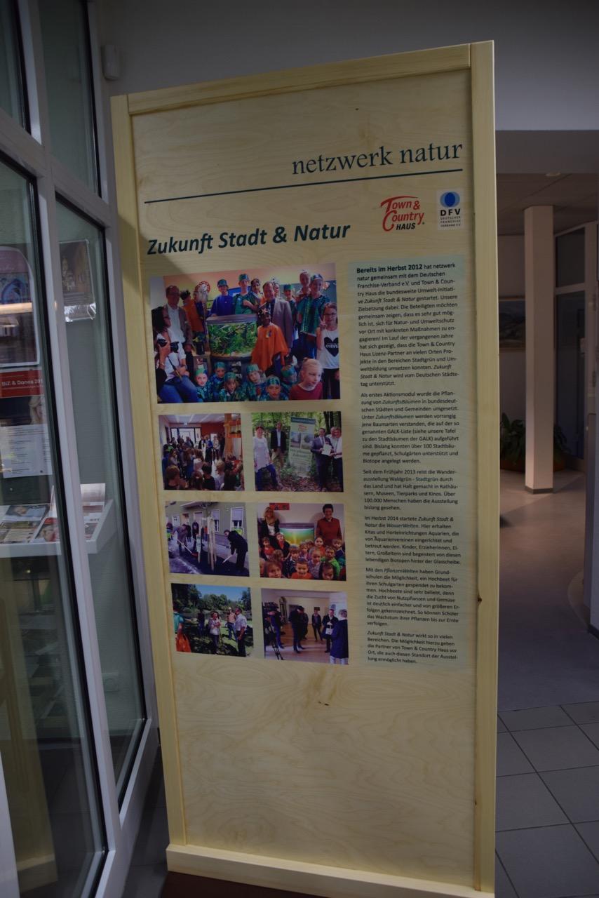 Viele Bürgermeister der Verbandsgemeinde waren anwesend, als die Ausstellung im Verbandsgebäude Kirn-Land eröffnet wurde
