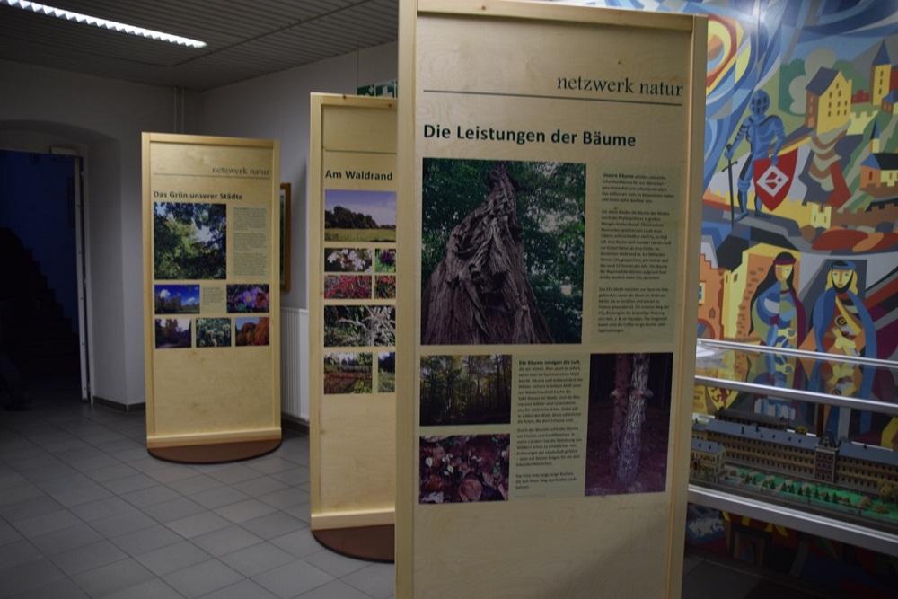 netzwerk natur, Waldgrün - Stadtgrün im Verbandsgebäude der Gemeinde Kirn-Land