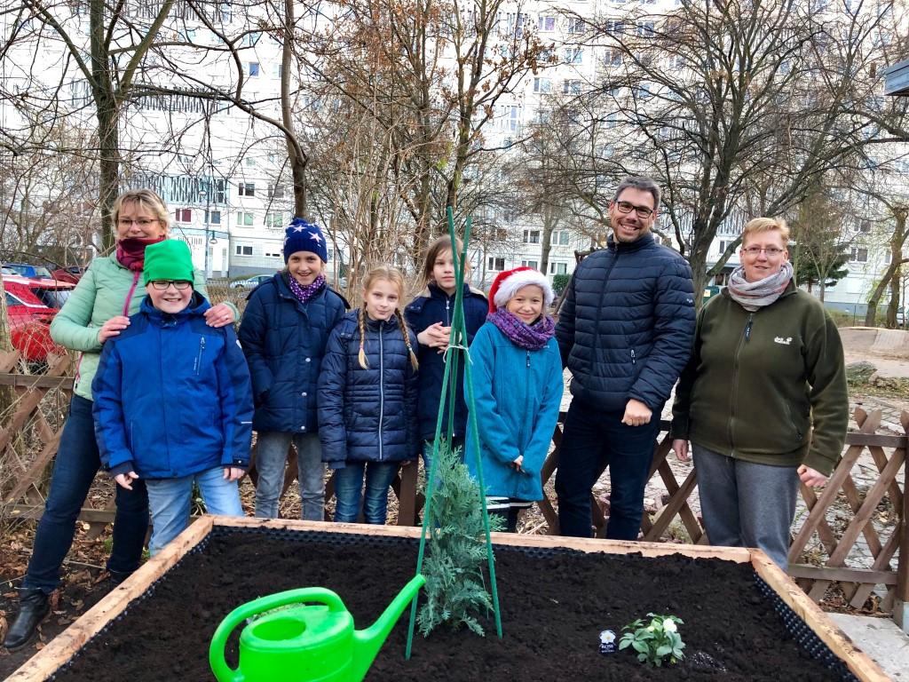 netzwerk natur, Übergabe der PflanzenWelten-Hochbeete in Halle (Foto: fs.bau GmbH & Co. KG)