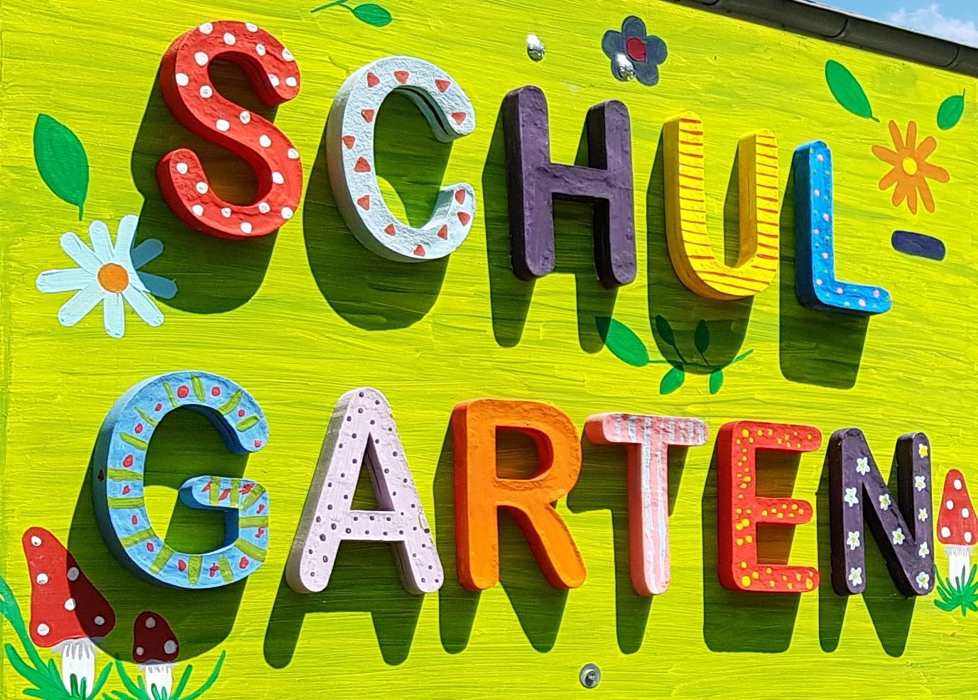 netzwerk natur, Übergabe des PflanzenWelten-Hochbeetes an die Montessori-Grundschule in Aachen (Foto Keller, 3)