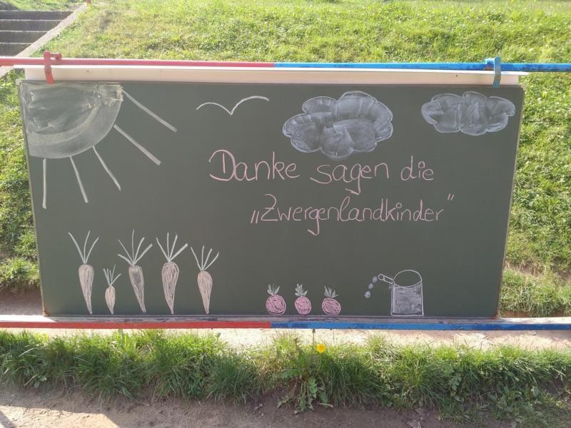 netzwerk natur, Übergabe der PflanzenWelten-Hochbeete an die Kita Zwergenland in Roßwein 3