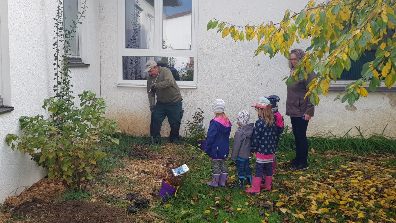 Der Naschgarten des Don Bosco-Kindergartens entsteht (Foto Kita)