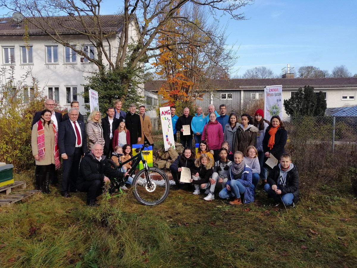 Energie wird Natur, Übergabe der Spenden an die Regensburger Schulen 19_11_19 (Foto Kemmeter)